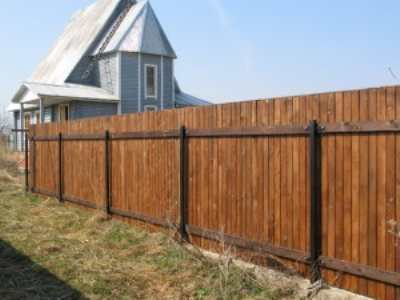 Как построить деревянный забор?